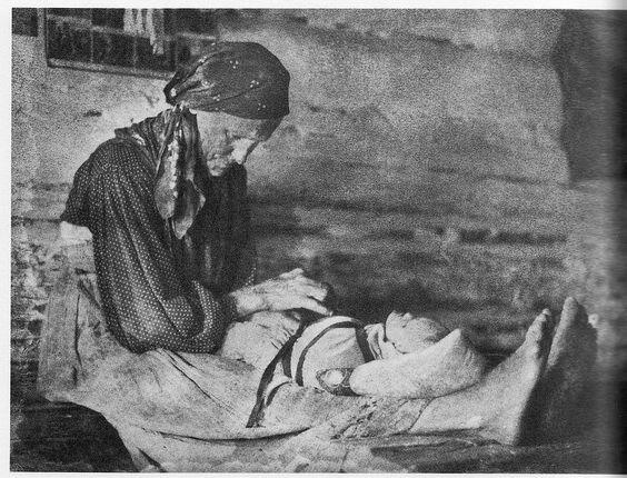 Как на Руси наказывали женщину, родившую мертвого ребенка