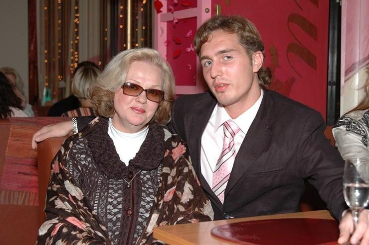 Светлана с сыном. Фото взято из открытых источников