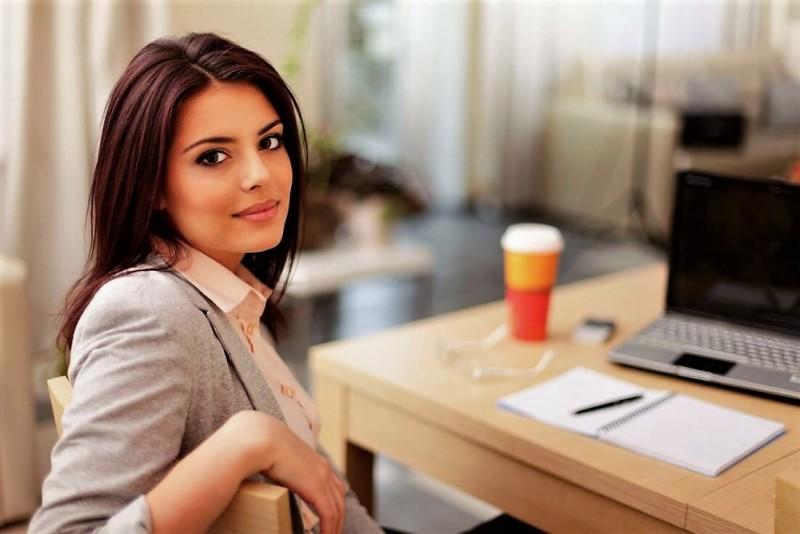 5 комплиментов, которые лучше не говорить женщине