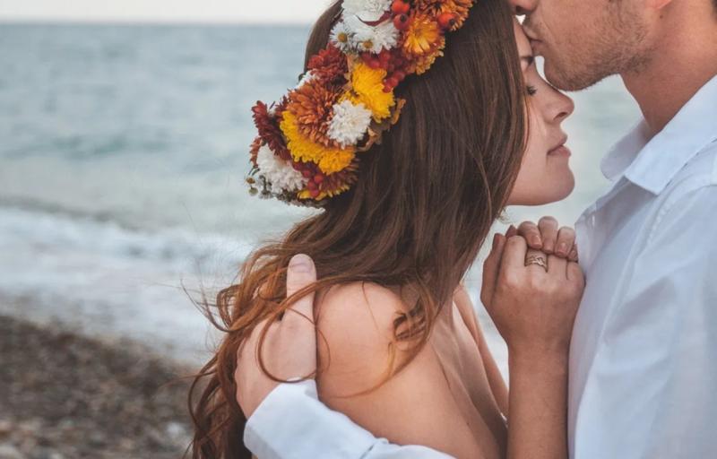 8 вещей, которые делает по-настоящему любящая женщина, а остальные нет
