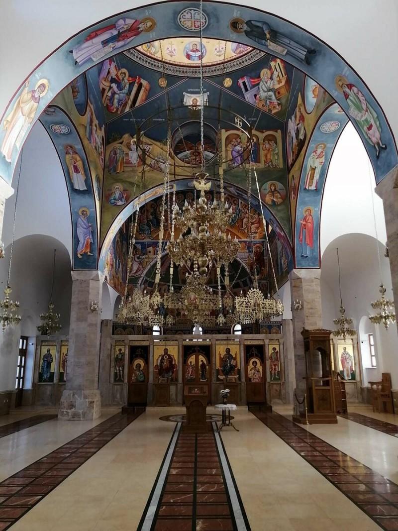 Церква внутри
