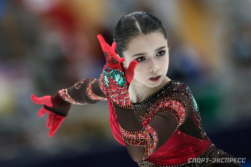 К сожалению, выразительный макияж с раннего возраста - это издержки фигурного катания. Фото Яндекс.Картинки.