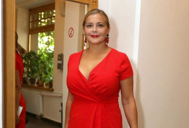 Ирина Пегова похудела и сменила имидж: Как выглядит актриса после того как сбросила 27 кг