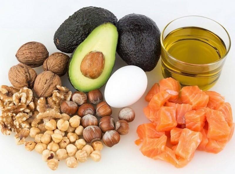 Сколько калорий в день надо есть, чтобы похудеть?