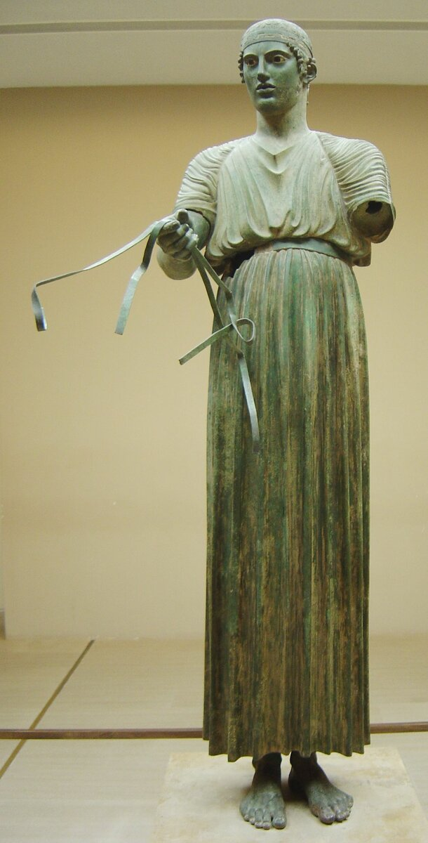 скульптура Дельфийского возничего